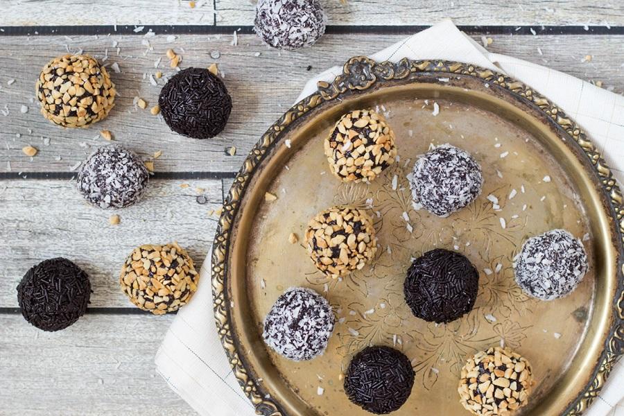 chocolate-rum-balls-2