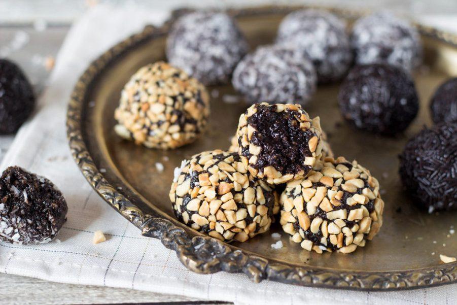 chocolate-rum-balls-5-1024x683