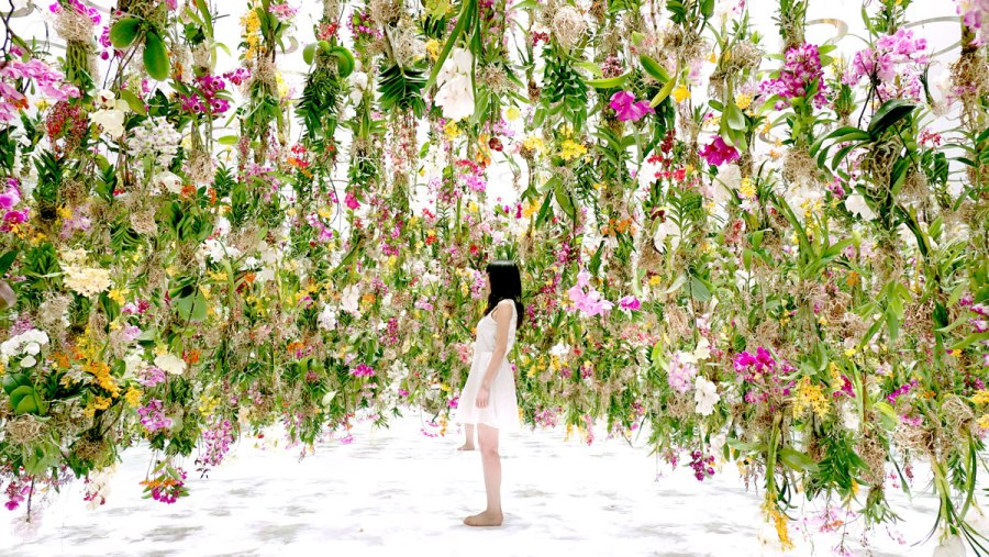 floating-flower-garden_by_teamlab_japan-8