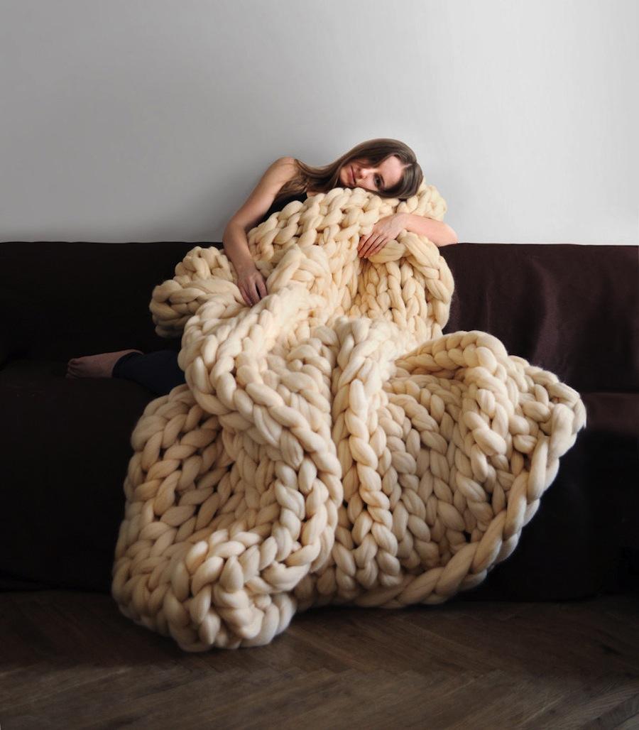 Вязание из толстой овечьей шерсти