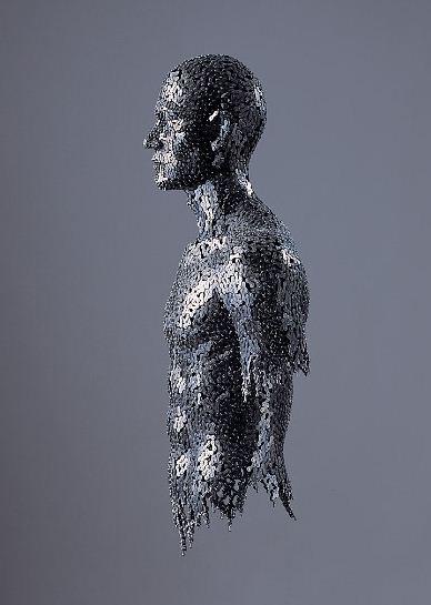 Yeong-Deok-Seo.-Skulptura-iz-velosipednoy-tsepi-desyataya