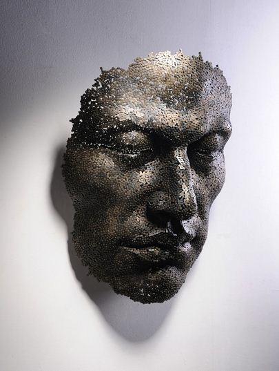 Yeong-Deok-Seo.-Skulptura-iz-velosipednoy-tsepi-pyataya