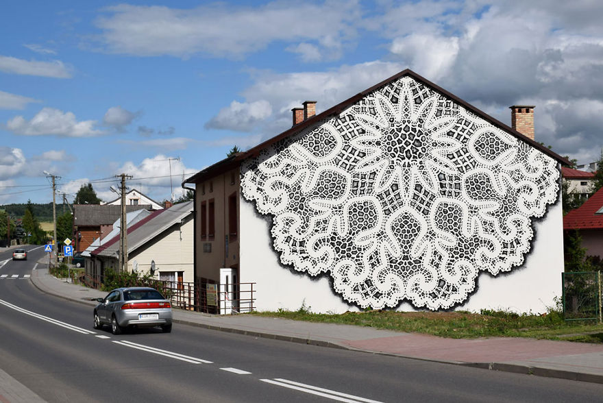 i-cover-city-streets-in-lace-street-art-part-2-34__880