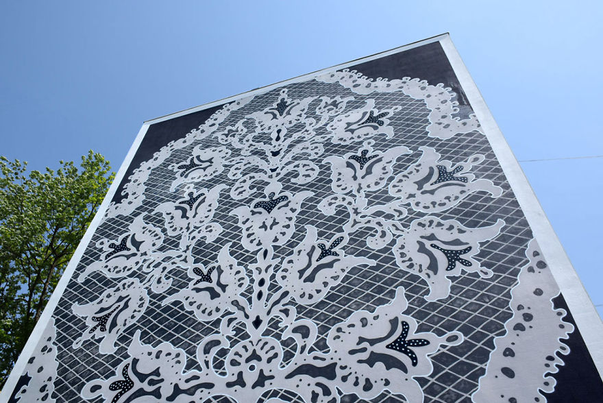i-cover-city-streets-in-lace-street-art-part-2-61__880