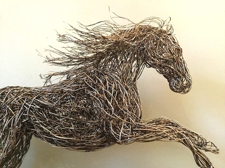 candice-bees-wire-sculptures-7